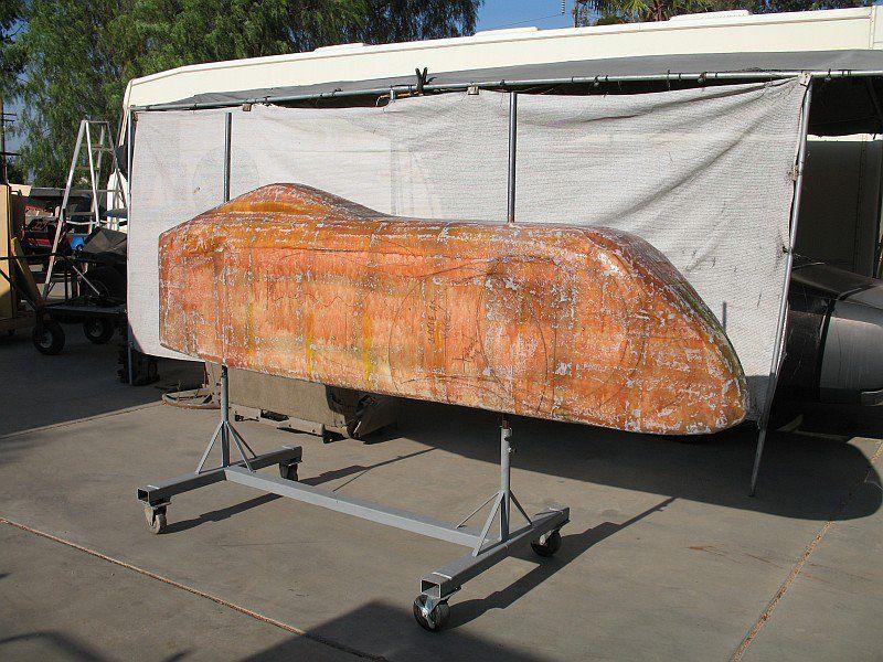 2012-07-29 16 body tooling sanding fiberglass.jpg