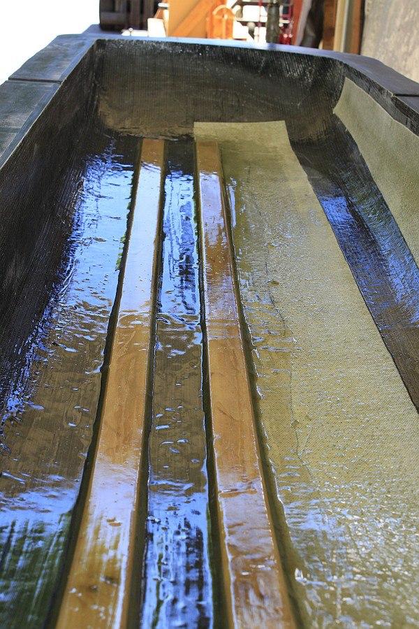 2012-09-02 02 streamliner body poplar battens glassed.jpg
