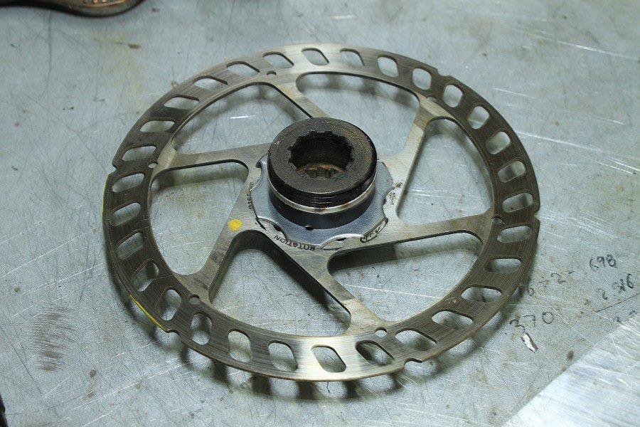 2012-09-09 06 disk brake rotor cassette adapter rear wheel.jpg