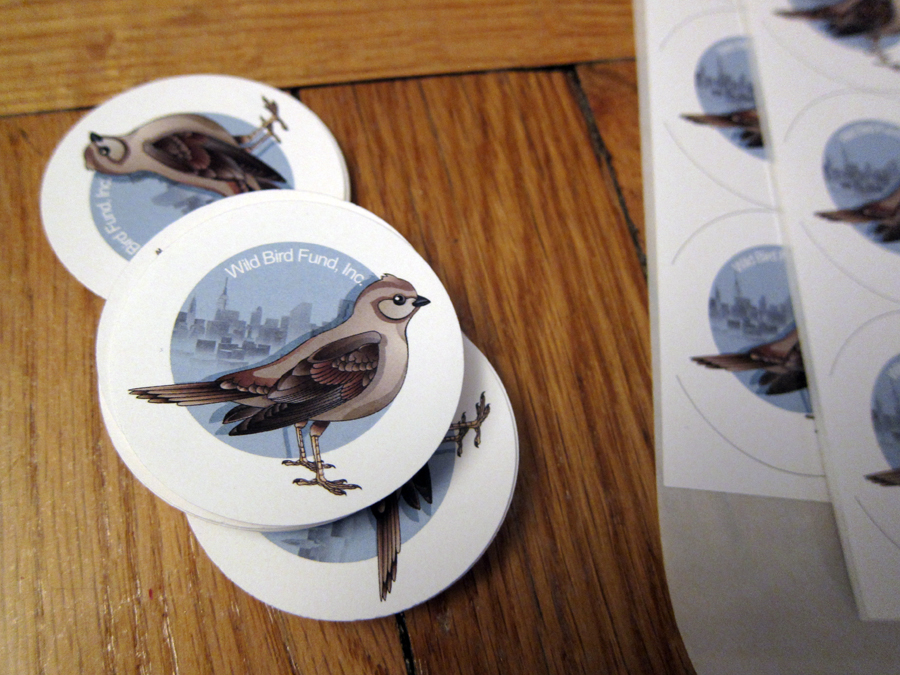 I'm left with a stack of circle stickers perfect to customize shopping bags, informational packages and whatever else we need them for for the event.