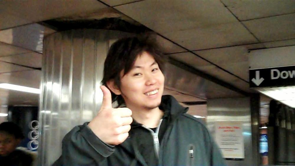 yasuhito thumbs up 0 08 16-07.jpg