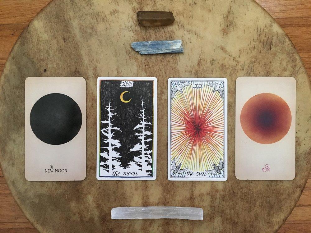new moon astro tarot readings copy.jpg