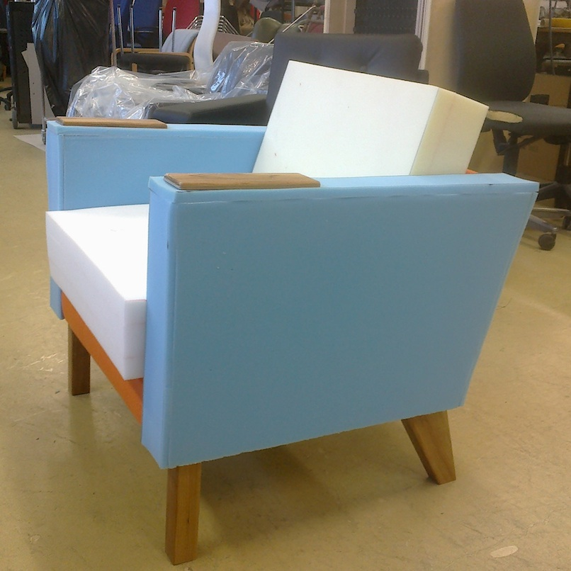 Kári chair in the making