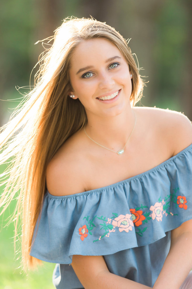 myrtle beach photographer hannah ruth photography specializes in wedding photography, senior portraits, family photos and engagement session - high school seniors in myrtle beach sc