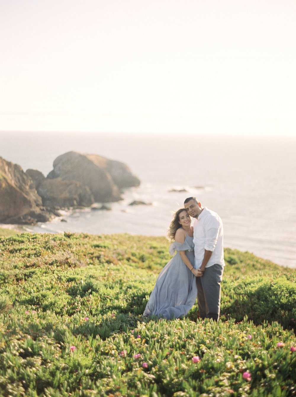 marin-headlands-anniversary-session-louie+elena-12.html