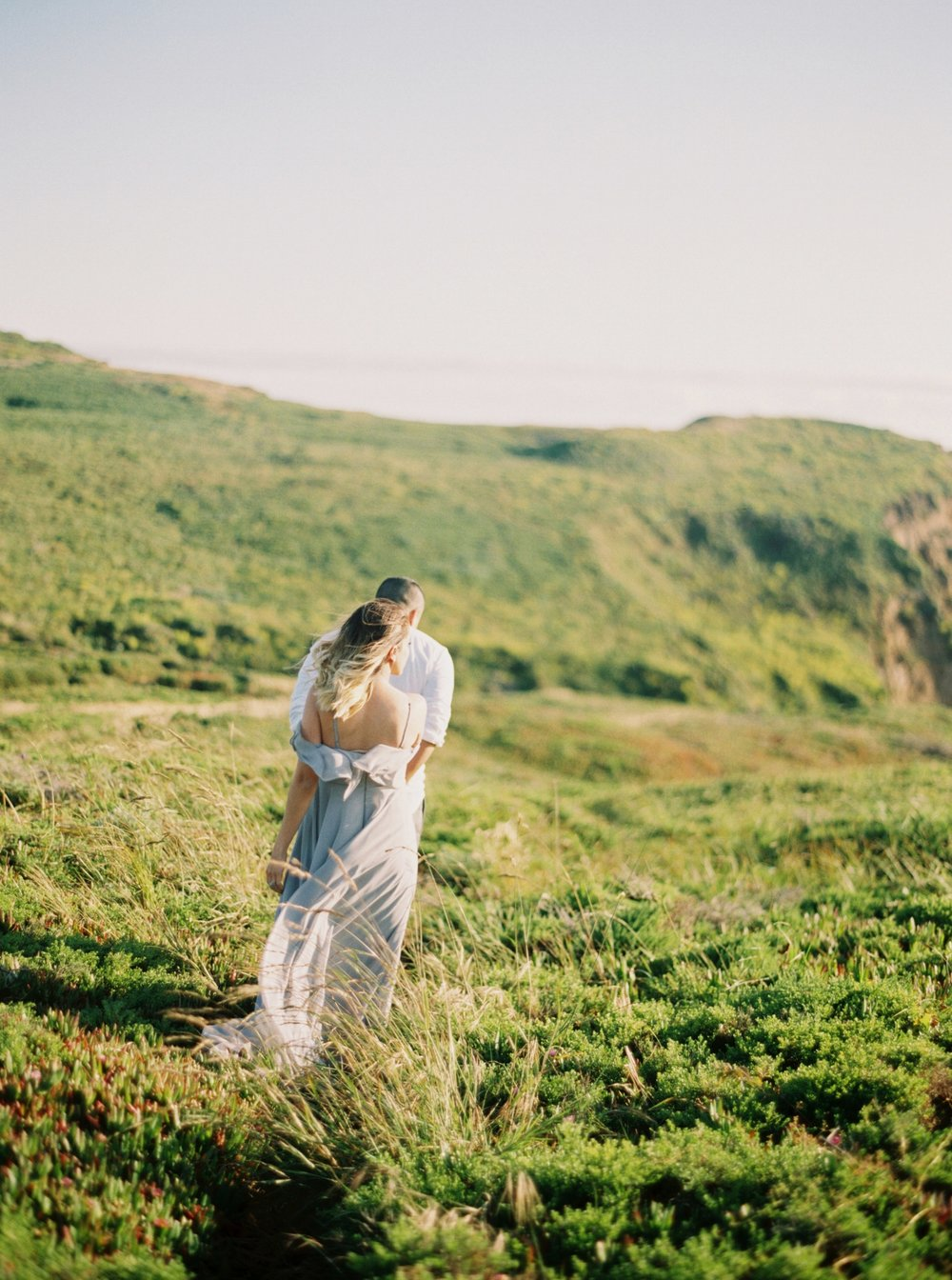 marin-headlands-anniversary-session-louie+elena-13.html