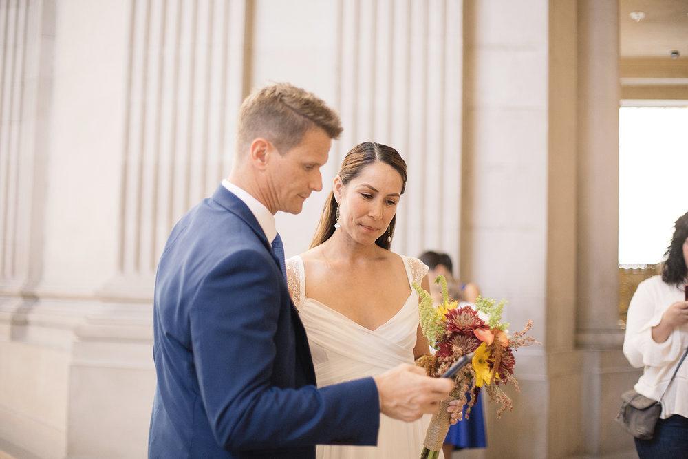 robert-and-nicoles-san-francisco-city-hall-wedding-15