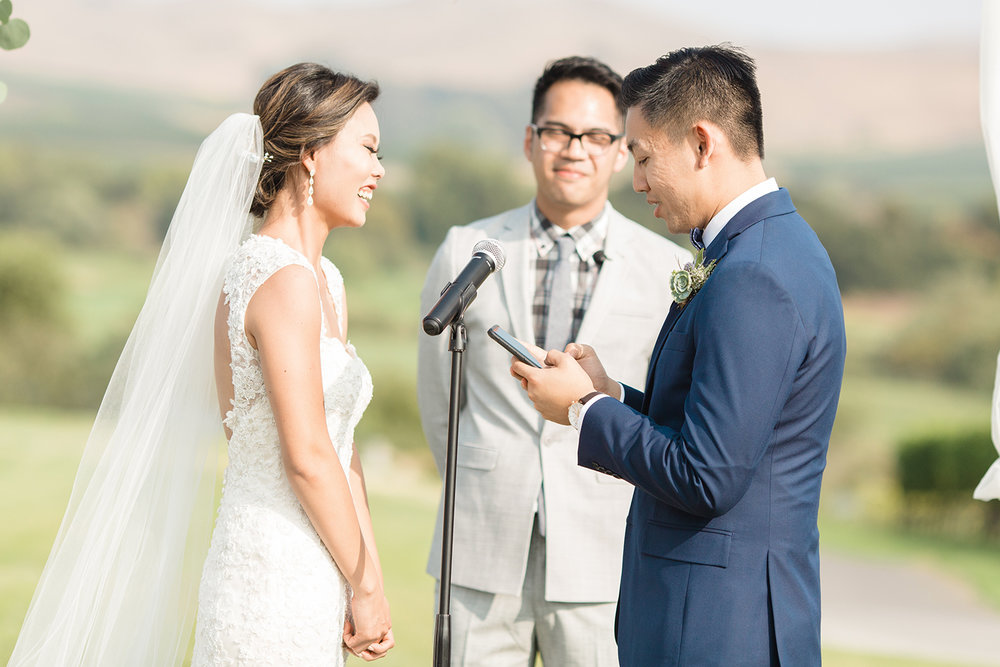 wedding photography of ceremony at eagle vines golf club in napa california