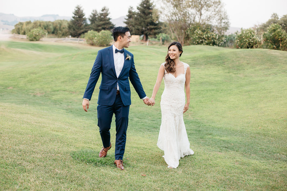 sunset portraits of bride and groom wedding at eagle vines golf club in napa california