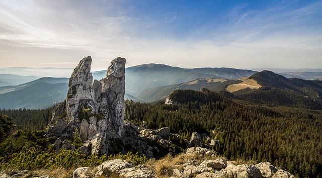 Pietrele Doamnei, Câmpulung Moldovenesc