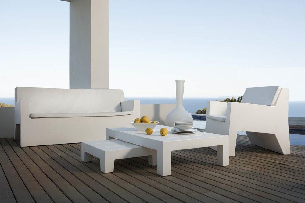 design-outdoor-furniture-sofa-loungechair-coffeetable-jut-vondom (2).jpg