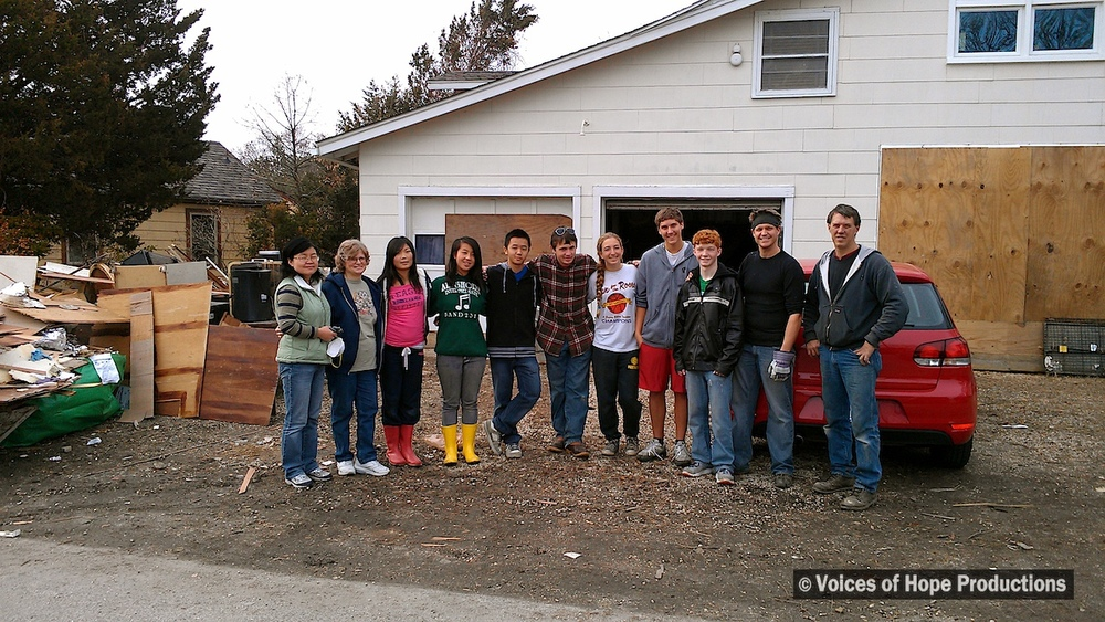 Students and Their Teacher Help Gut Home in Brick