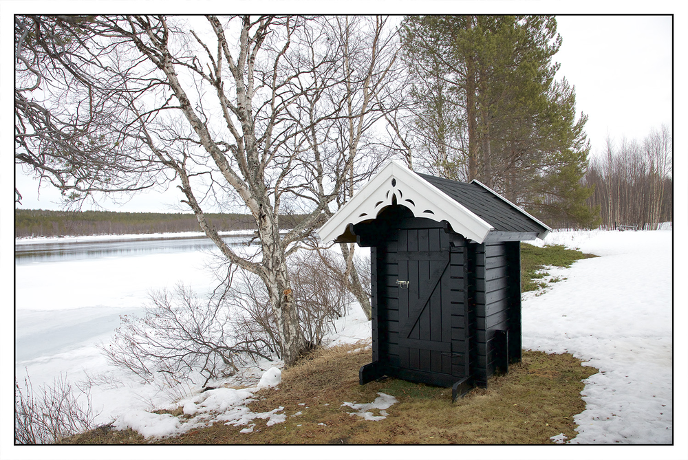 Utedoen er forøvrig det minste bygget i Statsbyggs portefølje. Det brukes ved nødstilfeller i dag.