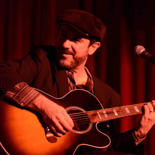 Jon Shain at Red Light Café