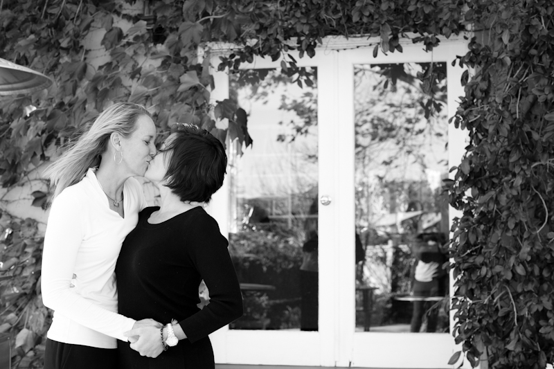 CHATEAU_DA_VIE_CALISTOGA_LESBIAN_WEDDING_MARIA_VILLANO