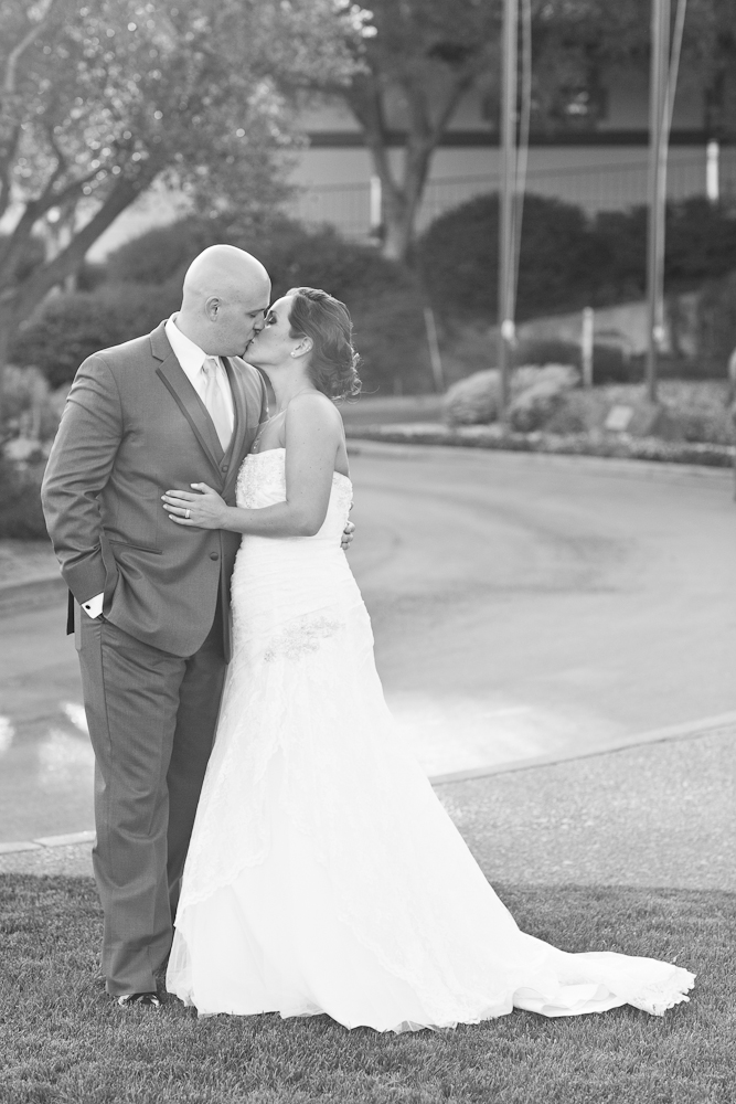 MARIA_VILLANO_GLORIA_FERRER_WINERY_SONOMA_WEDDING