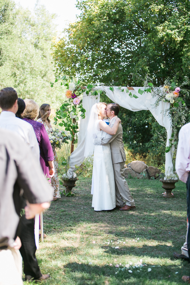 HEALDSBURG VINEYARD WEDDING MARIA VILLANO
