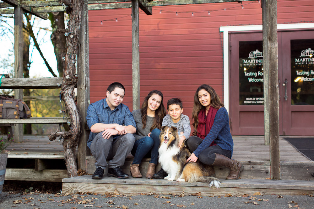 family-sitting-with-sheltie-Sonoma-pet-photographer-maria-villano-photography