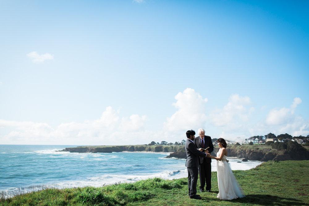 Mendocino-Overlook-wedding-maria-villano-photography