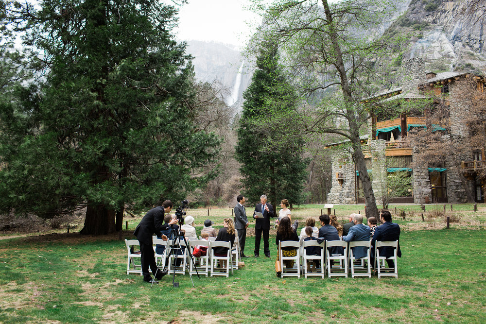 yosemite-wedding-majestic-yosemite-hotel-maria-villano-photography