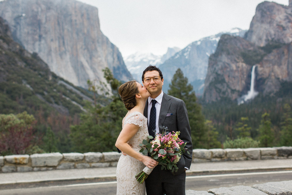 yosemite-wedding-tunnel-view-half-dome