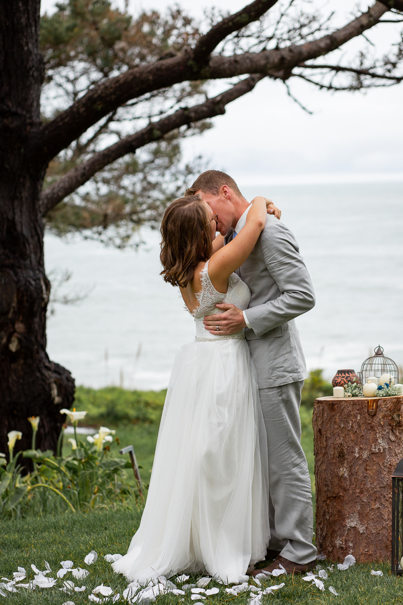 Timber Cove Elopement Maria Villano Photography-17.jpg