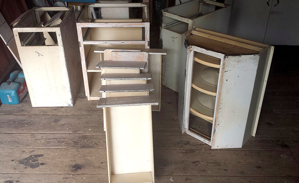 Pile o' cabinets, ready to be refinished.