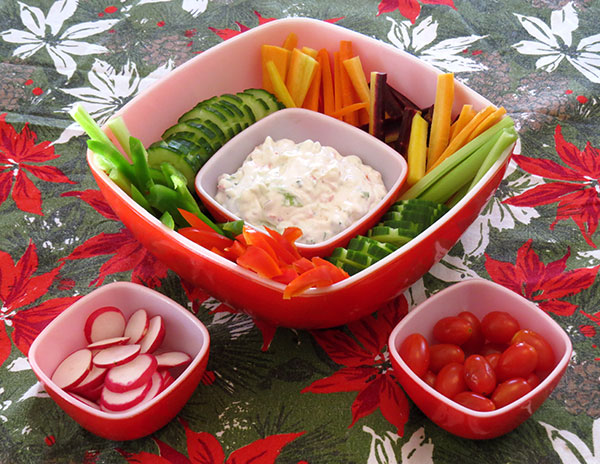 Veggie platter served in a vintage Pyrex Hostess Set.