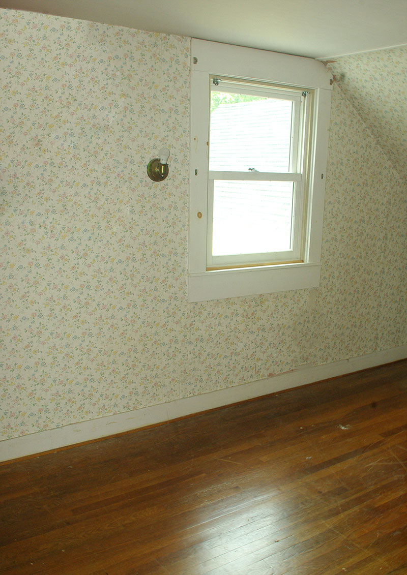 "The ""before"" version of the back bedroom"