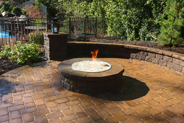 Outdoor Features & Environments