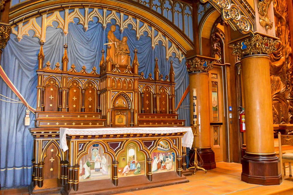 Chapelle du Sacré-Cœur (Chapel of the Sacred Heart): View towards front