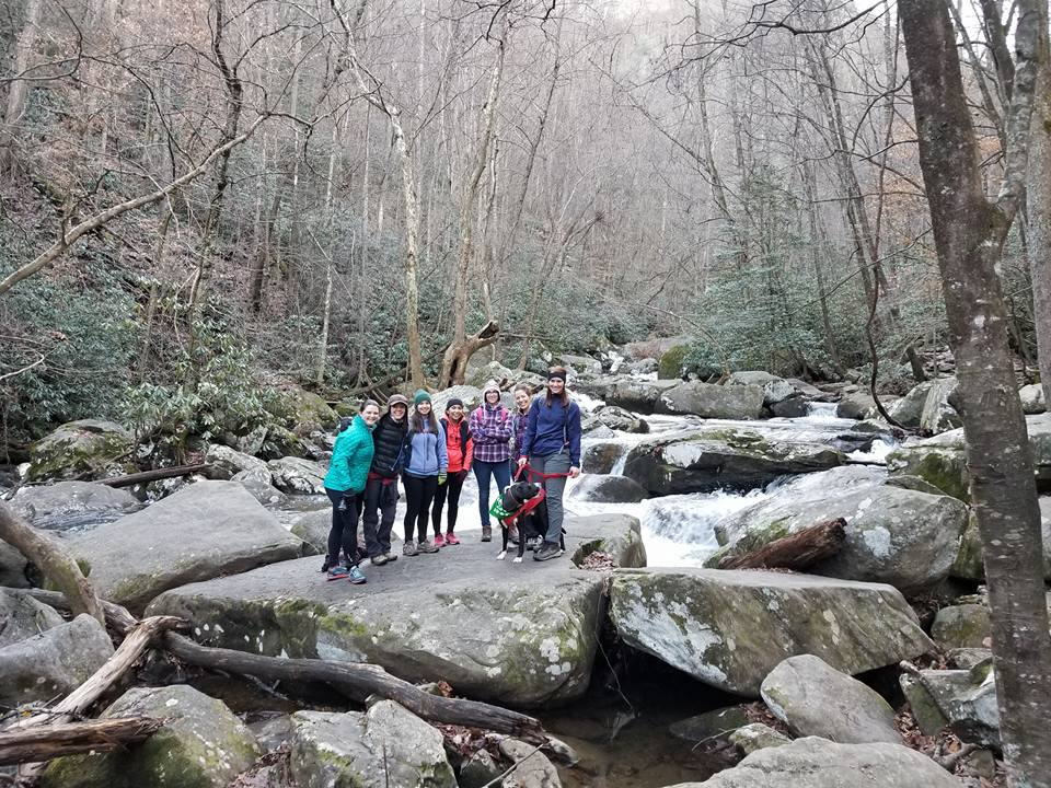 Girls Who Hike meetup; photo credit: Rachel Shannon
