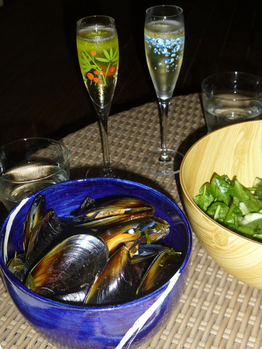 Mussels and Champagne