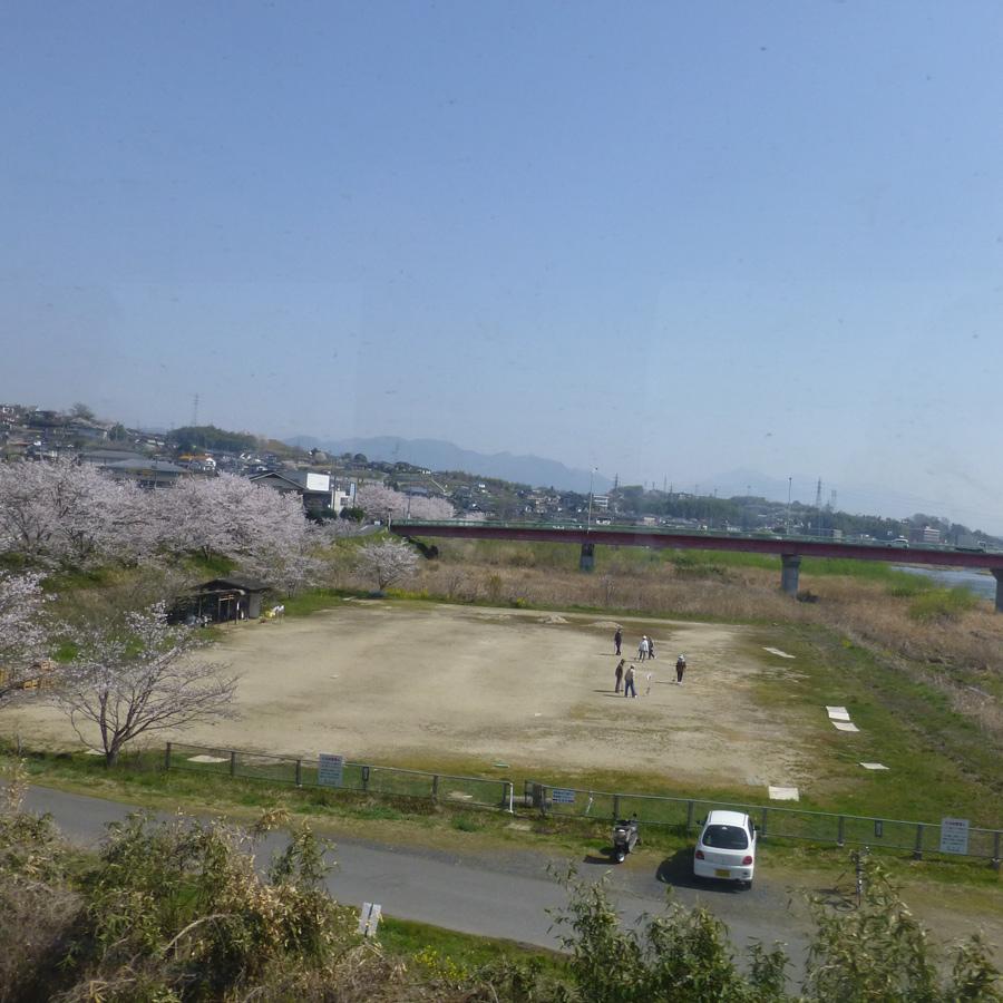 Train-Tsuyama-Shinji-7a.jpg
