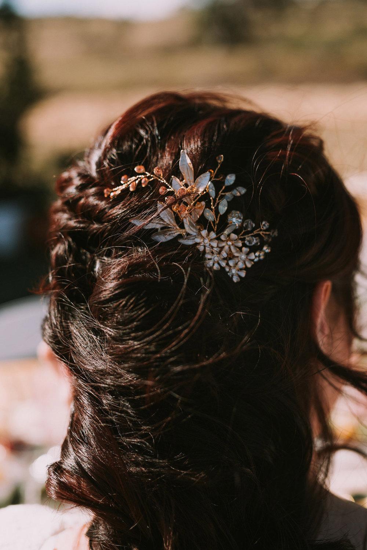 bella-vita-bridal-hairpiece.jpg