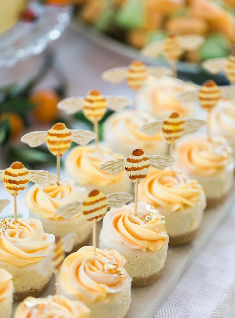 citrus-orange-garden-party-cheesecakes-bee-cupcaketoppers.jpg