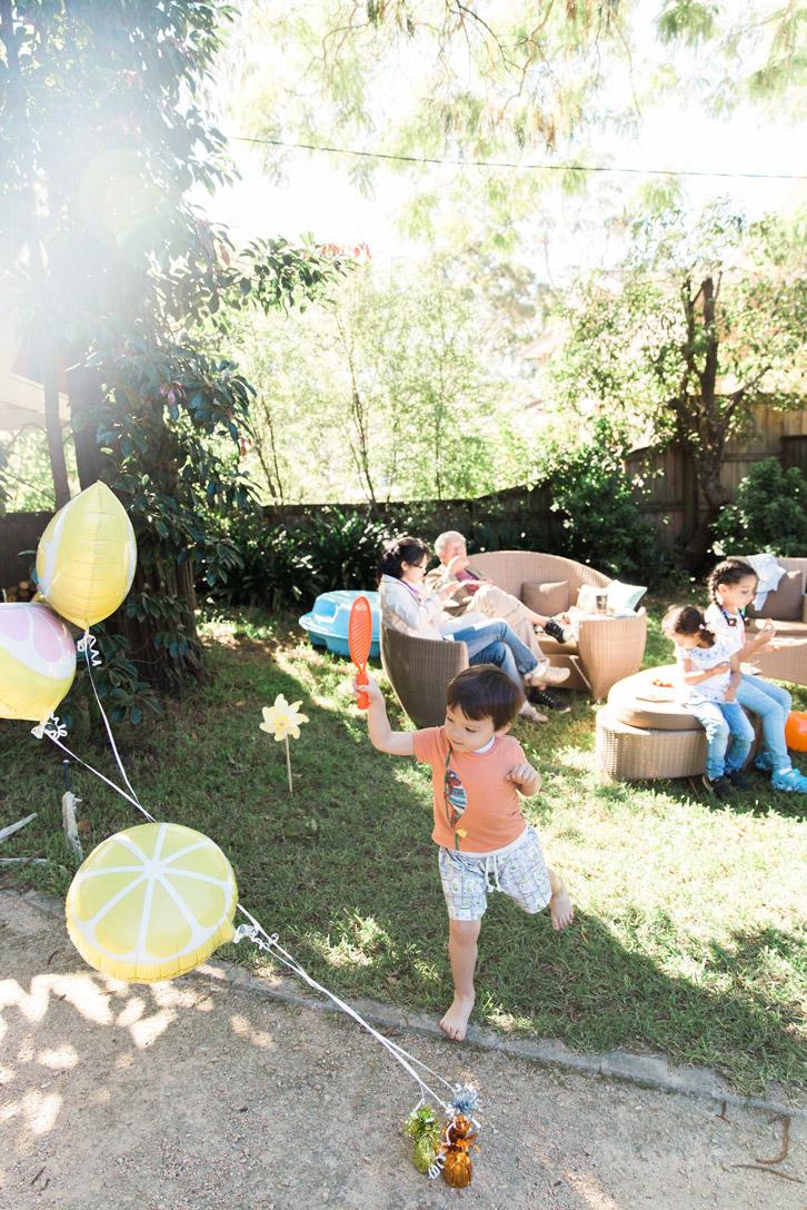 citrus-garden-myer-lemon-slice-balloons.jpg
