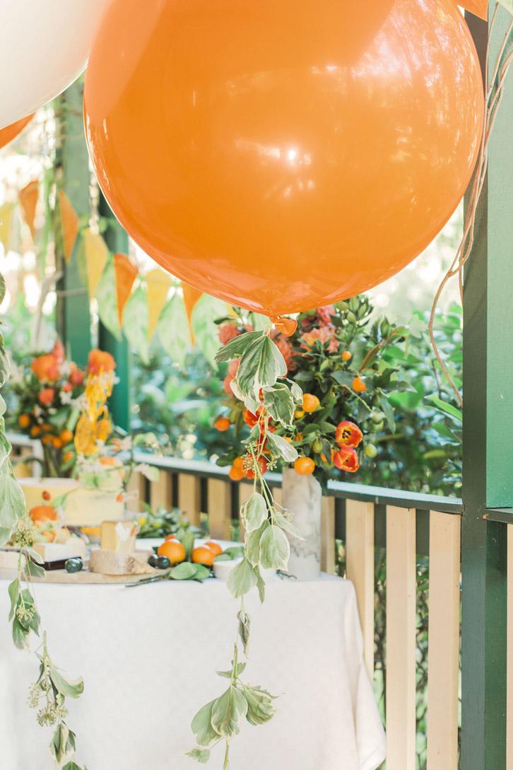 citrus-garden-party-ballons-born-to-party.jpg