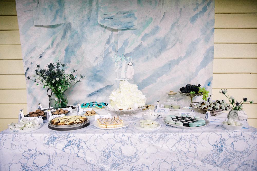 Penguin-Party-DessertTable.jpg