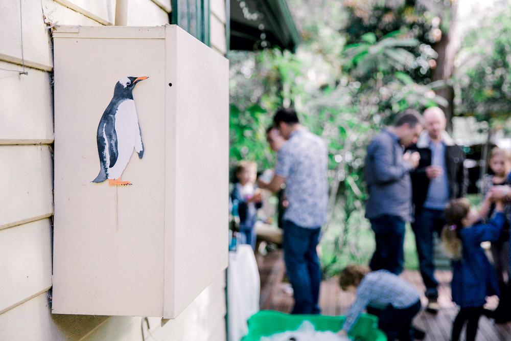hidden-penguin-scavenger-hunt-party-game.jpg