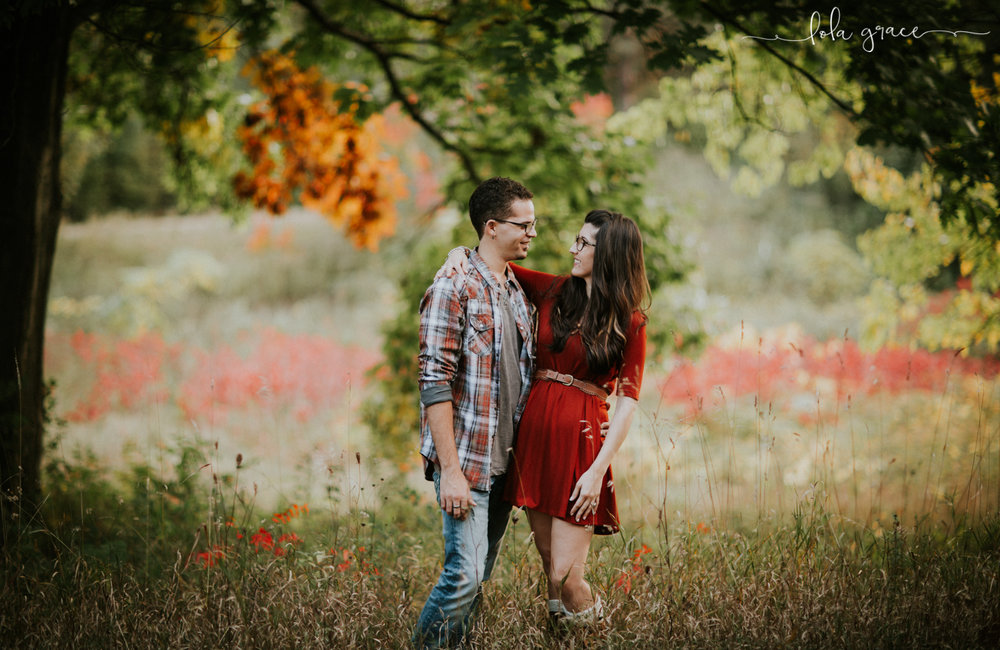 lola-grace-photography-chelsea-jesse-engagement-photos-8.jpg
