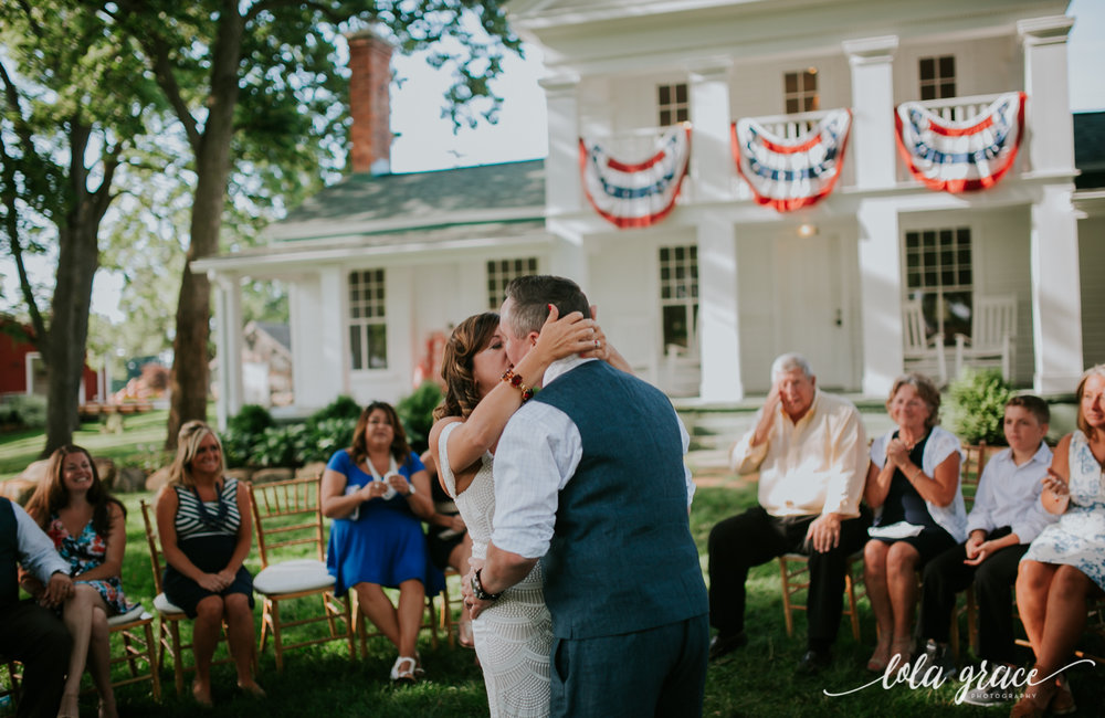 lola-grace-photography-michigan-fouth-of-july-wedding-conman-farms-45.jpg