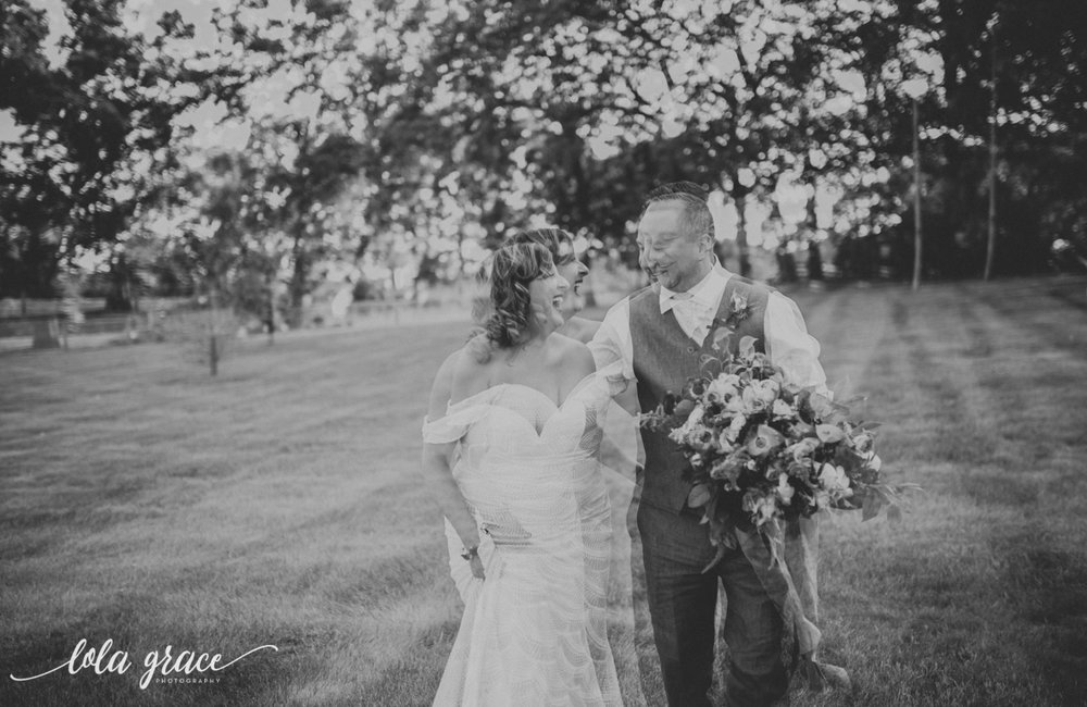 lola-grace-photography-michigan-fouth-of-july-wedding-conman-farms-52.jpg