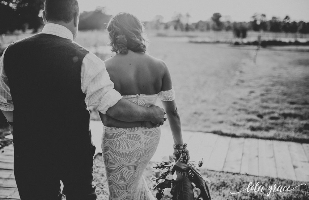 lola-grace-photography-michigan-fouth-of-july-wedding-conman-farms-61.jpg