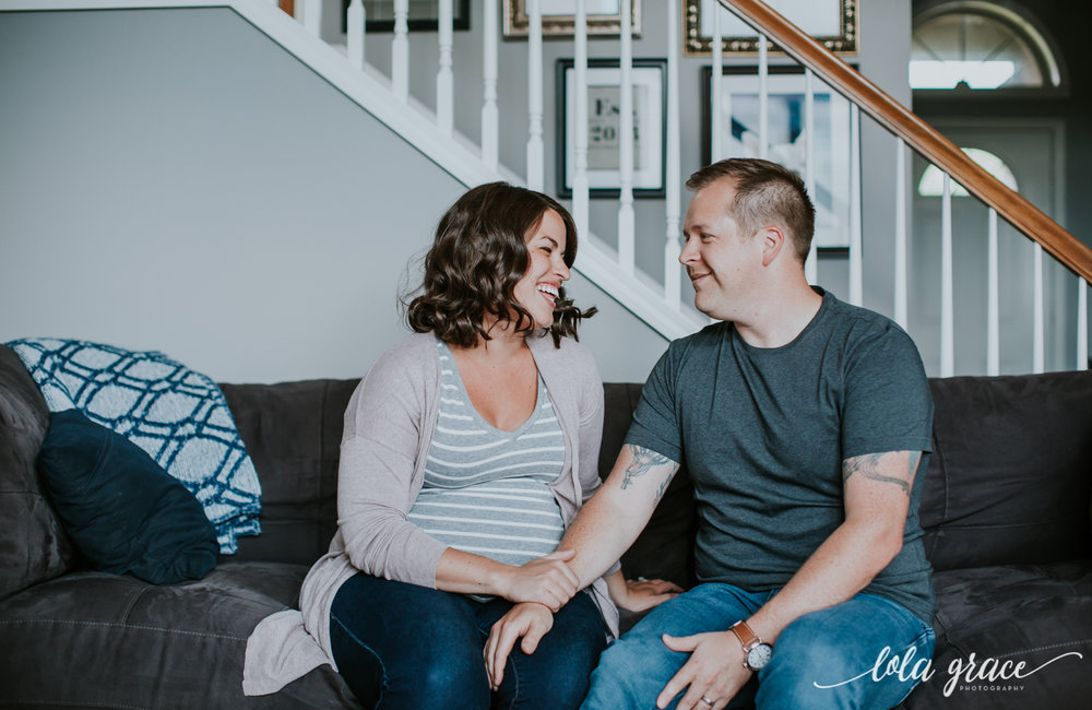 lola-grace-photography-lifestyle-maternity-session-3.jpg