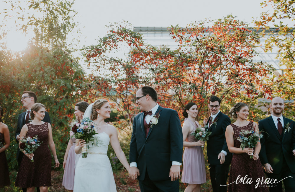 lolagracephotography-fall-ann-arbor-wedding-botanical-gardens-40.jpg