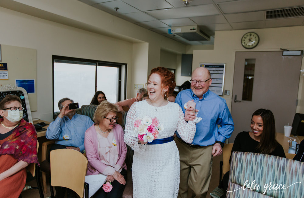 lola-grace-photography-uofm-hospital-wedding-5.jpg
