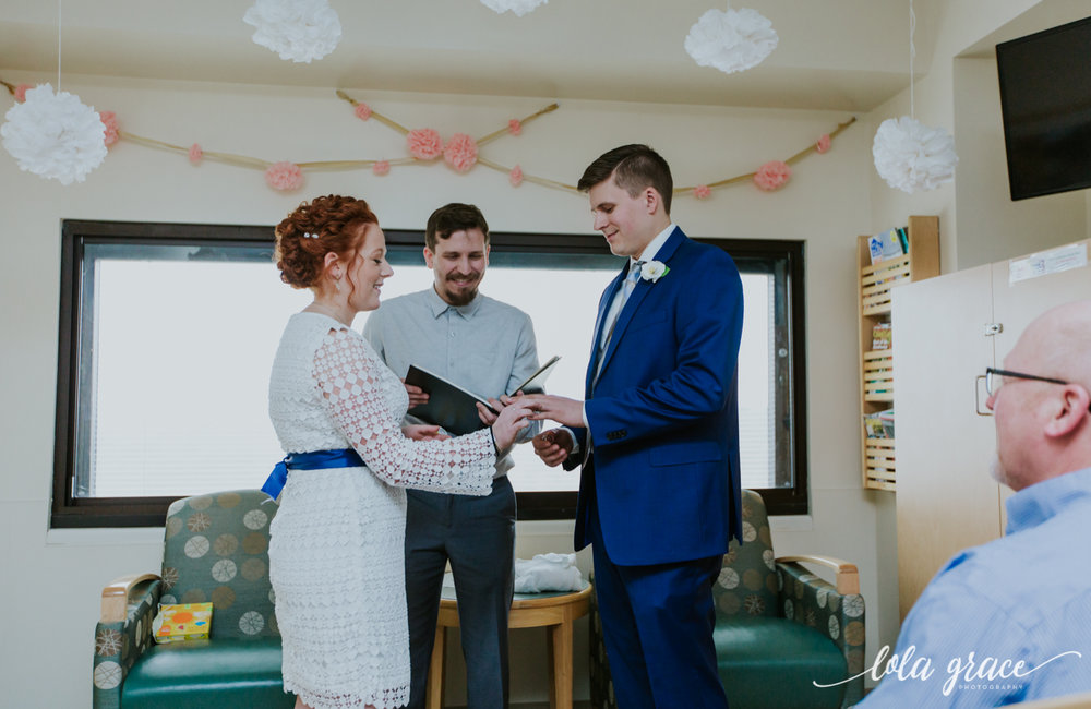 lola-grace-photography-uofm-hospital-wedding-14.jpg