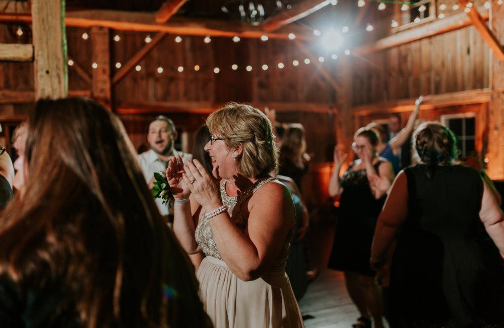 lola-grace-photography-cornman-farms-summer-wedding-83.jpg