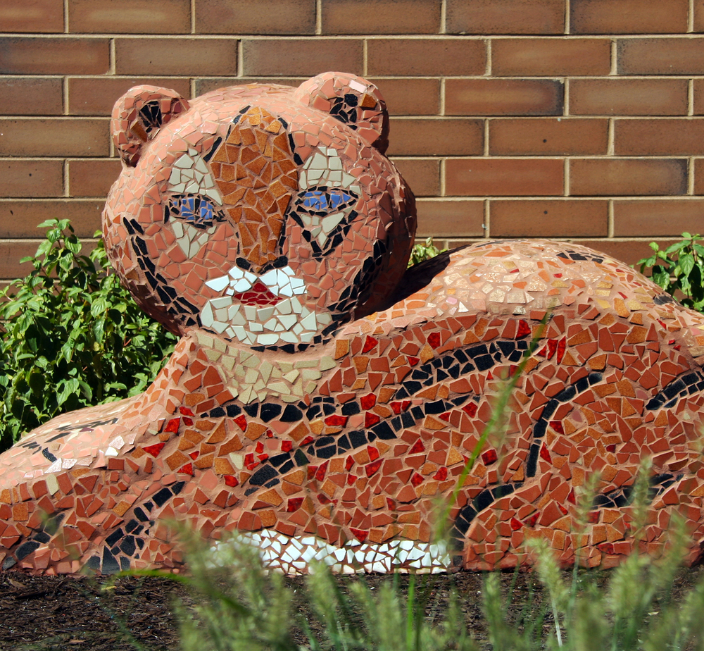 Mosaic sculpture by children with artist Lynn Takata